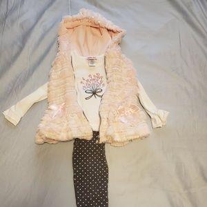 4T 3 Piece Little Lass Outfit